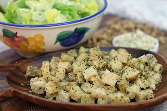 salad-croutons