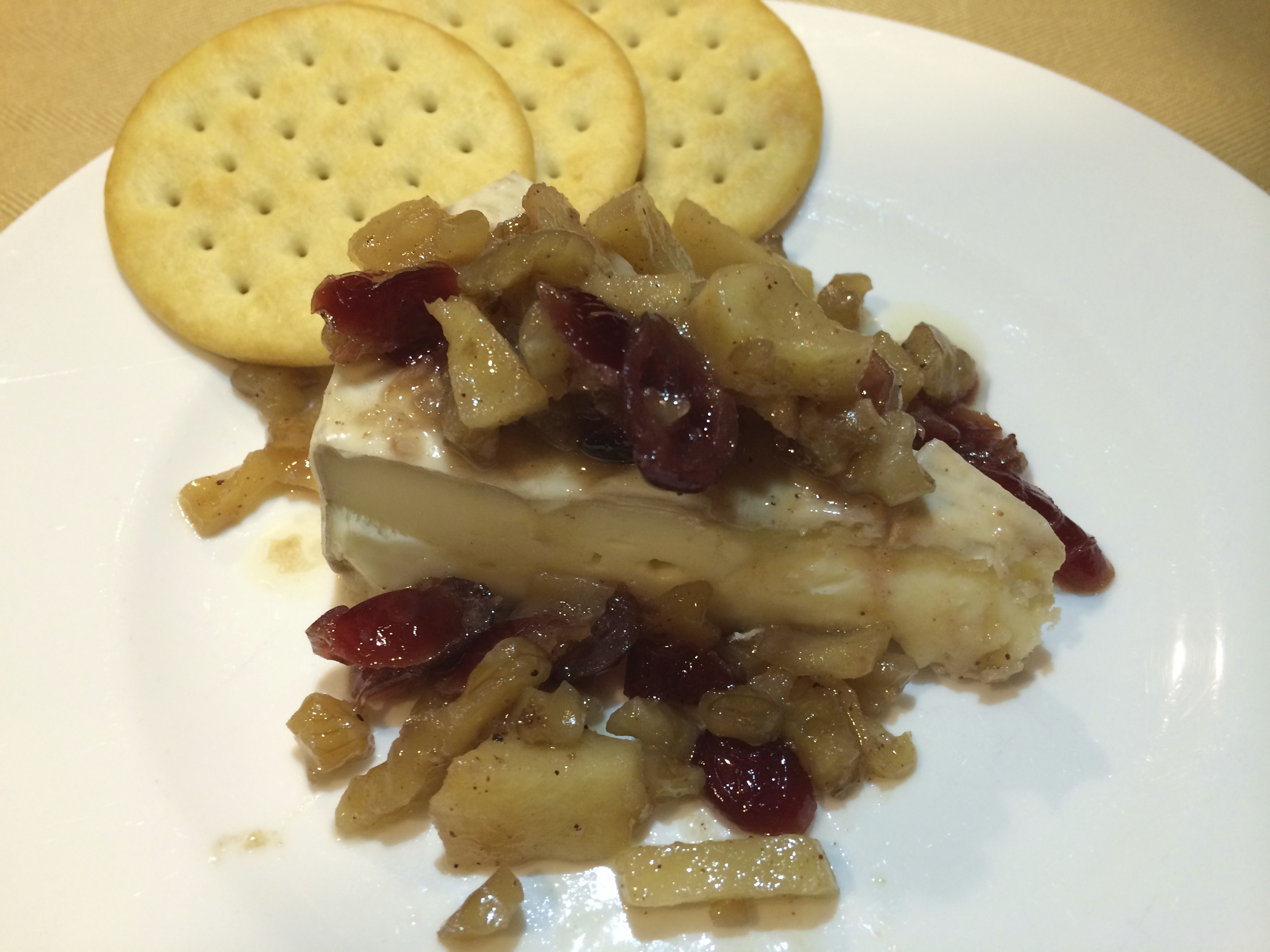 Brie-Apples-craisins