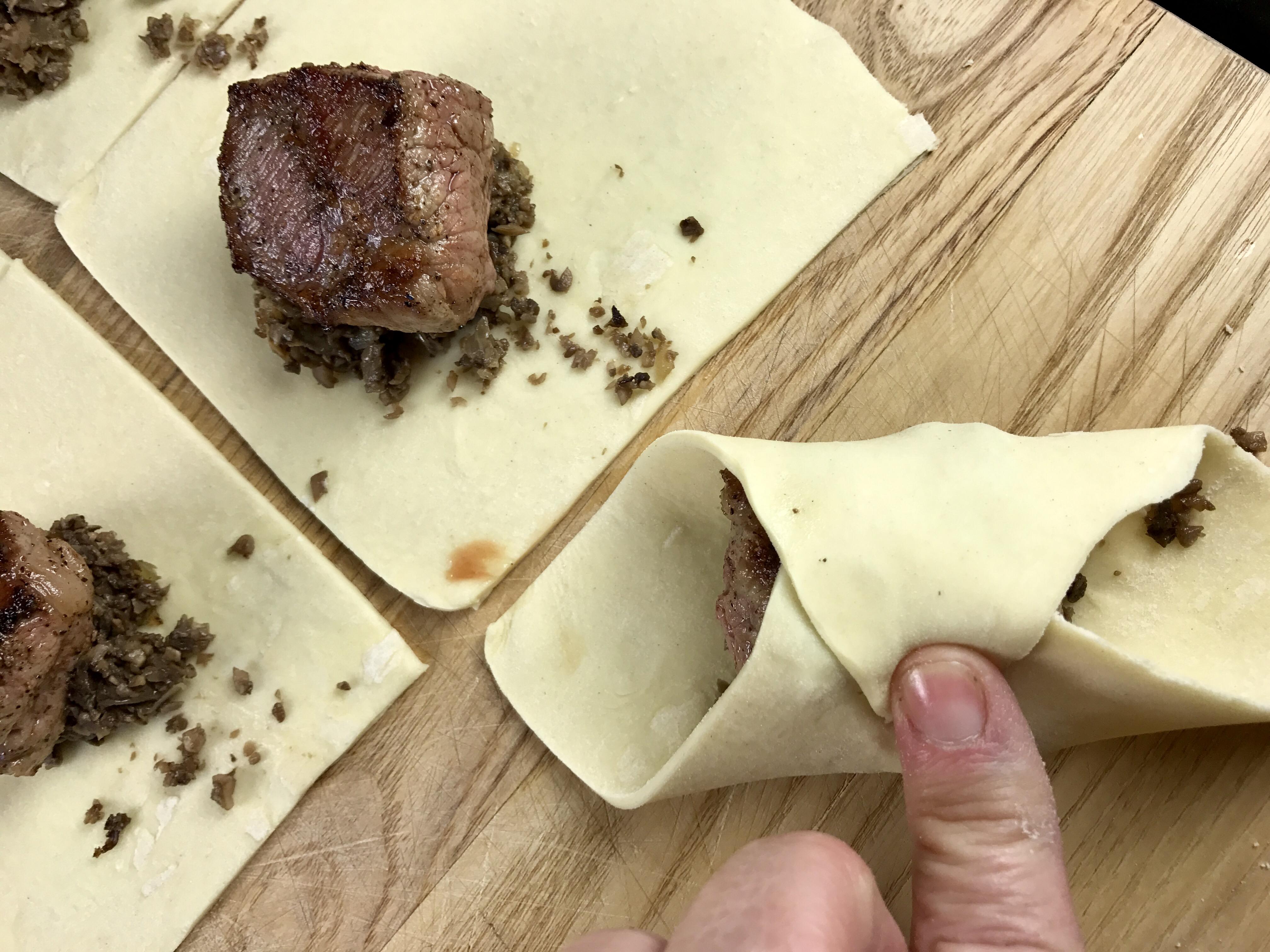 mini-beef-wellington-bites