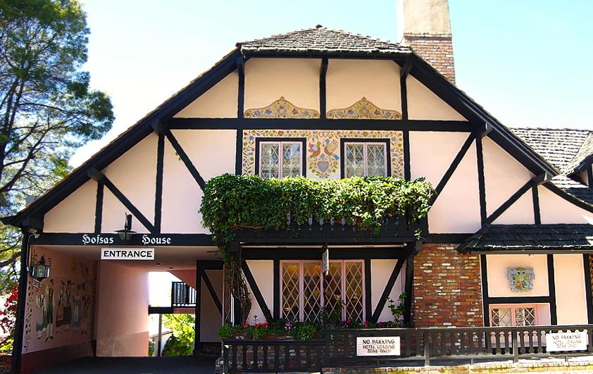 Hofsas House in Carmel