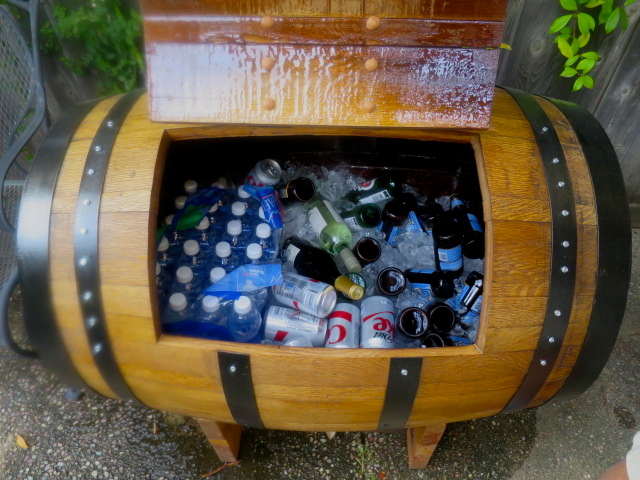 Wine barrel drink cooler