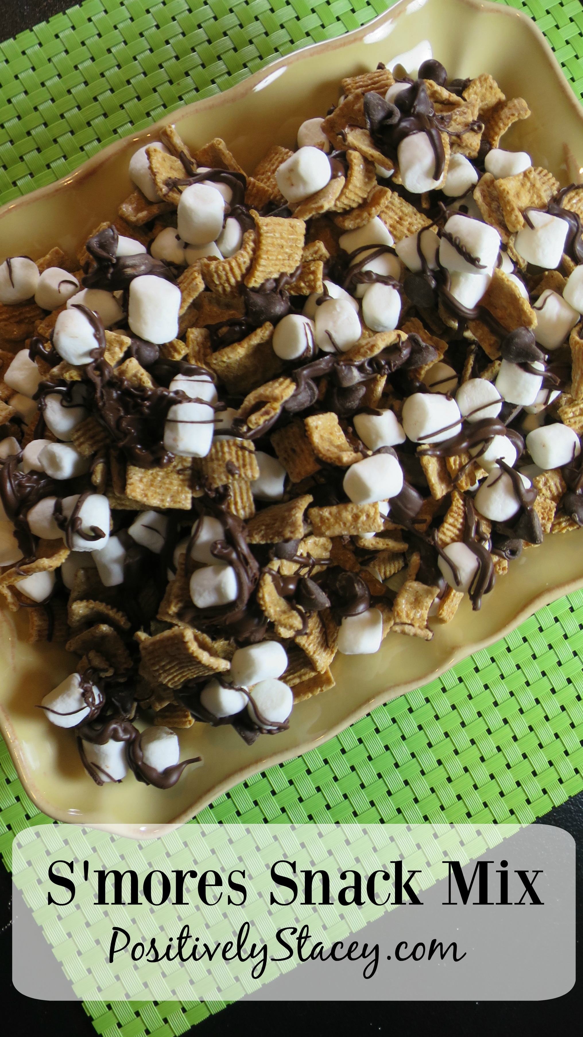 This S'mores Snack mix is down-right delicious! A perfect sleepover or anytime snack.
